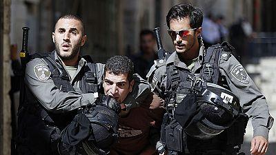 Enfrentamientos entre palestinos y la Policía israelí en la Explanada de las Mezquitas