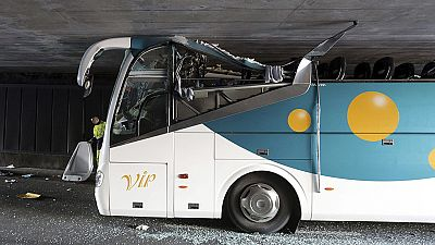 Al menos seis españoles heridos graves en un accidente de autobús en Francia