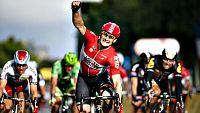 El británico Chris Froome (Sky) se ha proclamado vencedor de la 102 edición del Tour de Francia una vez finalizada la vigésimo primera y última etapa disputada entre Sèvres y París, de 109 kilómetros, en la que se impuso el alemán André Greipel (Lott