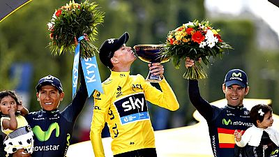 Dos años después de su estreno, el británico Chris Froome (Sky) volvió a tocar el cielo del Tour de Francia proclamándose ganador de la 102 edición, que tuvo como colofón un paseo triunfal bajo la lluvia de 109 kilómetros entre Sèvres y París en el q