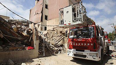 11 heridos leves y 30 edificios afectados en una explosión en un establecimiento de comidas en Barcelona