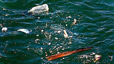 Algunas playas de Baleares presentan una cantidad inusual de plásticos y residuos procedentes del norte de África