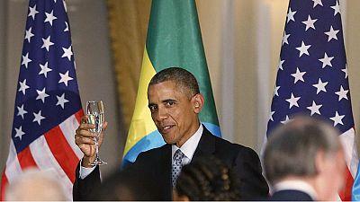 Obama, de visita en Etiopía, pide más democracia para África