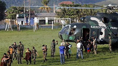 Rescatan a 13 mujeres y 26 niños secuestrados por el grupo terrorista Sendero Luminoso