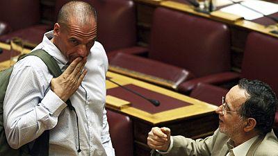 """Varufakis, demandado por un delito de """"alta traici�n"""" en las negociaciones con los acreedores"""