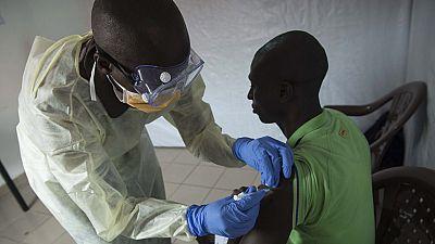 La OMS anuncia una vacuna contra el ébola con una eficacia del 100%