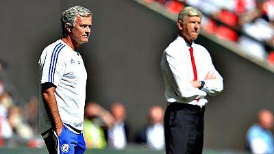 """El entrenador del Chelsea, José Mourinho, ha criticado la  propuesta de juego que ha empleado Arsene Wenger para que el Arsenal  levantara este domingo la 'Community Shield' en Wembley, resumiendo  los noventa minutos en que """"el equipo más defensivo"""