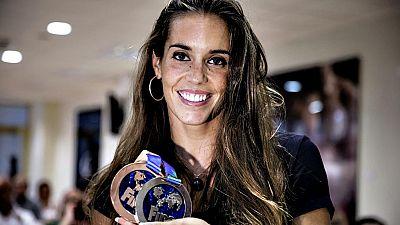 """Ona Carbonell, doble medallista en los Mundiales de natación de Kazán (Rusia), afirmó en un acto celebrado este lunes en el Consejo Superior de Deportes con jóvenes de la natación sincronizada española, que la cita mundialista ha sido """"difícil para t"""