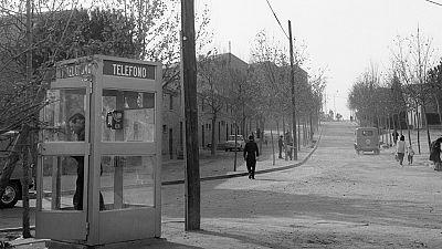 La cabina telefónica, mobiliario urbano en vías de extinción
