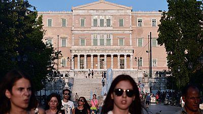 """El Eurogrupo se reunirá el viernes para tomar la """"decisión política"""" sobre el tercer rescate a Grecia"""