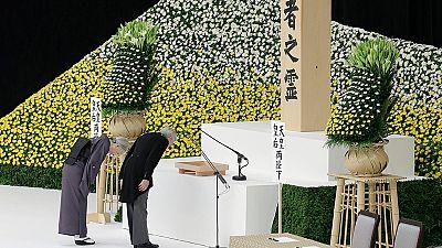 El emperador de Japón muestra su remordimiento por la Segunda Guerra Mundial