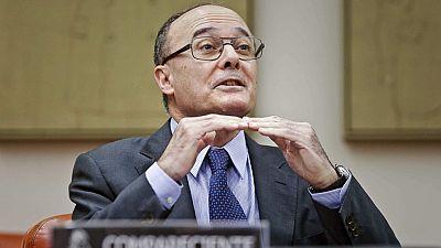 """El gobernador del Banco de España considera """"factibles"""" las previsiones que enmarcan los presupuestos de 2016"""