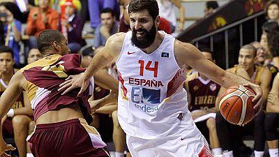Un palmeo de Felipe Reyes sobre la bocina dio el triunfo a España sobre Venezuela en su último amistoso de la 'Ruta Ñ', que acabó 82-80.
