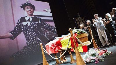 Multitudinario adi�s a Lina Morgan en el Teatro La Latina