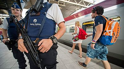 La policía investiga el entorno del detenido por el atentado fallido en el tren de Francia