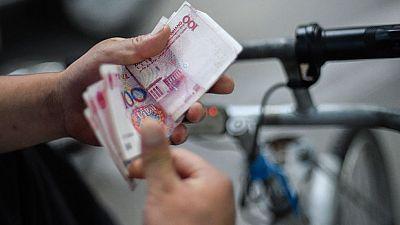 China recorta tipos y reduce los requerimientos de reserva de la banca