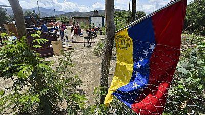 Crecen los deportados colombianos por el cierre de la frontera con Venezuela