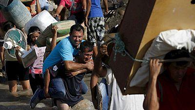 Continúa la deportación de colombianos en la frontera con Venezuela