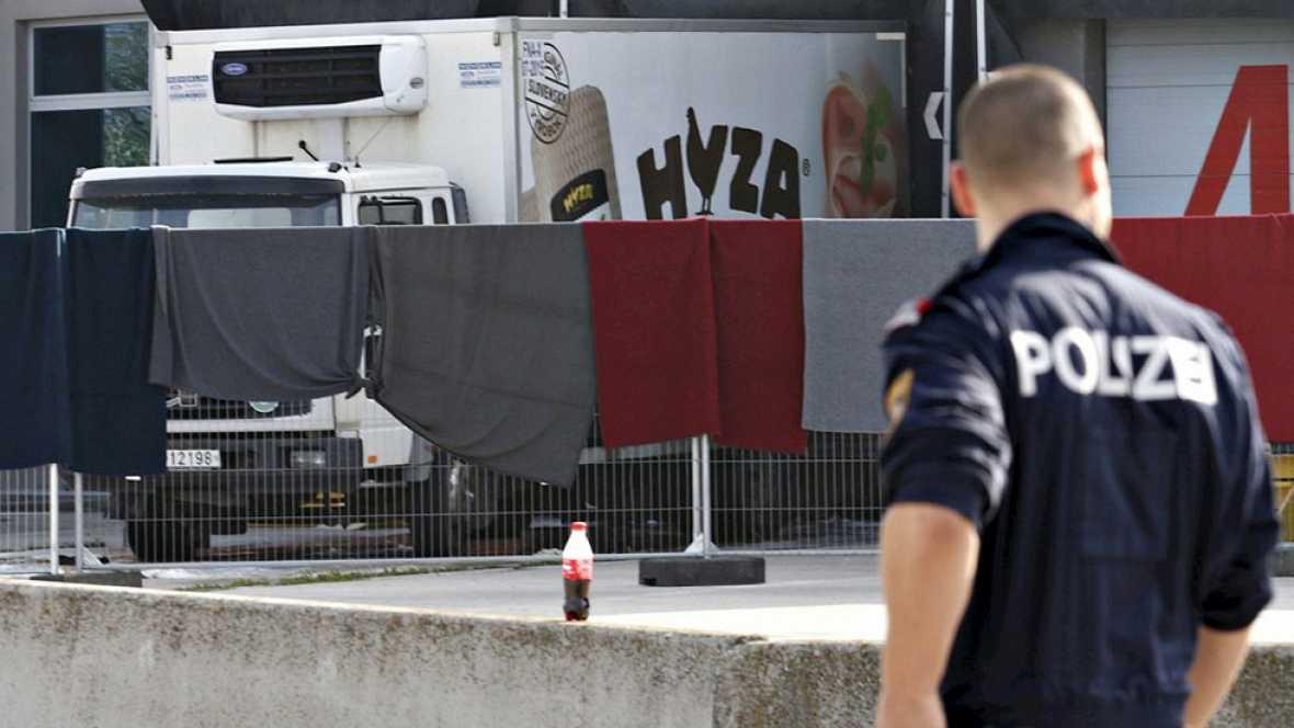 Varios detenidos por la muerte de 71 inmigrantes en un cami�n en Austria