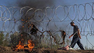 Hungría concluye la alambrada en su frontera con Serbia