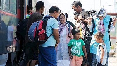 Las estaciones de tren h�ngaras convertidas en improvisados campamentos de refugiados