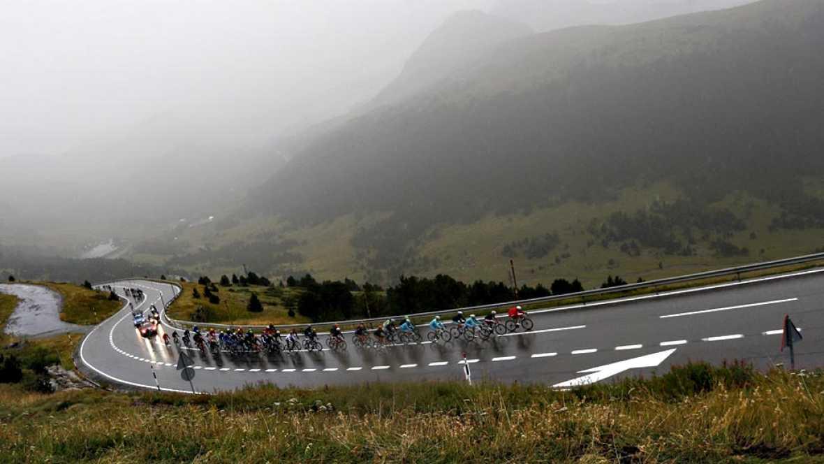 Perico Delgado analiza la etapa reina de la Vuelta, la que se disputará en el Principado marcará diferencias en la general.
