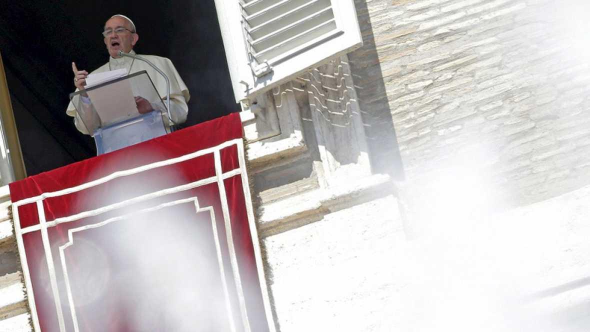 El Papa anuncia que los sacerdotes podrán perdonar el aborto, pero sólo durante el Jubileo