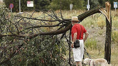 Fuertes tormentas despiden agosto y dejan daños en varias regiones