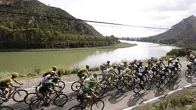 12� etapa de la Vuelta Ciclista a Espa�a 2015: Escaldes-Engordany. Andorra - Lleida. - ver ahora