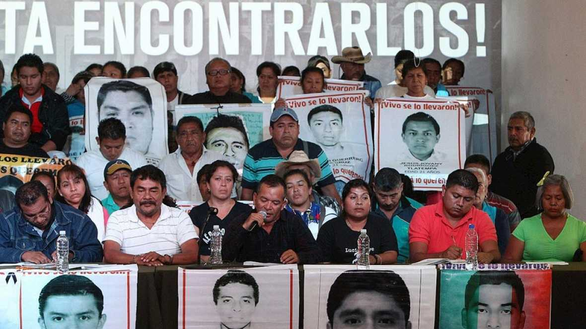 Un informe independiente contradice la versión oficial de la desaparición de los 43 estudiantes de México