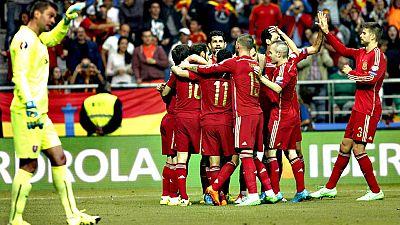 Del Bosque podría introducir cambios respecto a los once titulares de Oviedo. El portero del Manchester United y los laterales, Bernat y Carvajal, pueden ser los cambios más significativos en Skopje.