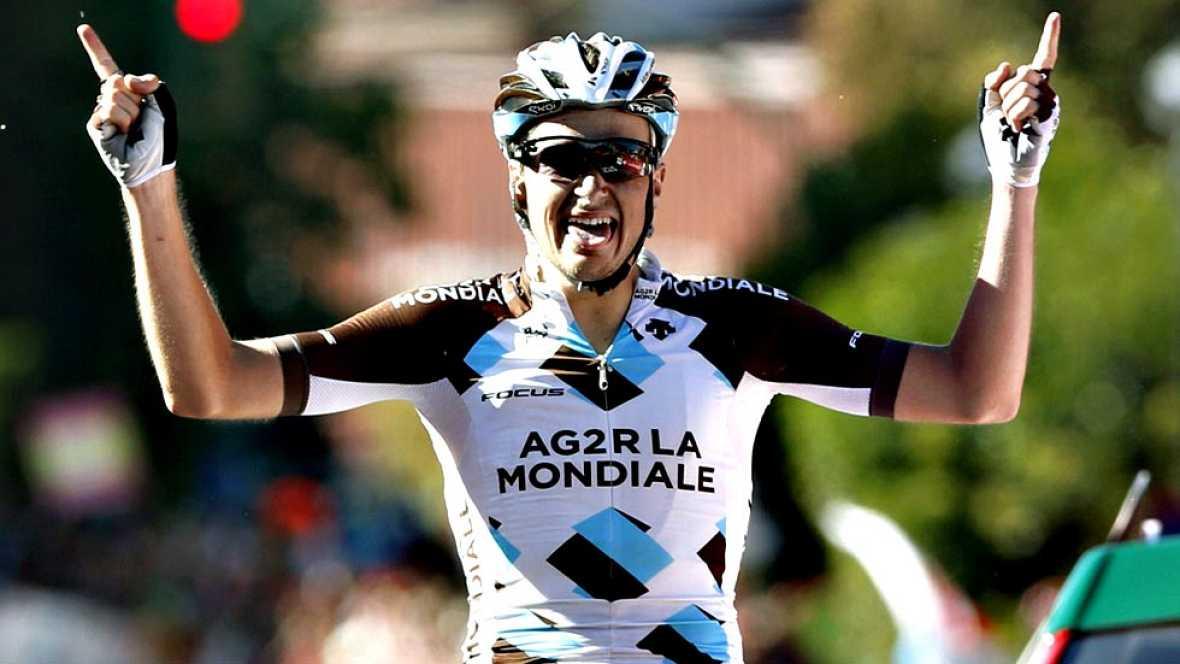 El francés Alexis Gougeard (Ag2r) ha ganado la decimonovena etapa de la Vuelta que se ha disputado entre Medina del Campo y Ávila, de 185,5 kilómetros, en la que el holandés Tom Dumoulin (Giant) reforzó el liderato con otros tres segundos de ventaja