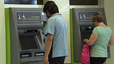 Bankia, Sabadell y Euro 6000 no cobrarán recargo por sacar dinero de sus cajeros