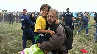 El refugiado sirio al que una periodista puso la zancadilla trabajará como entrenador en Getafe