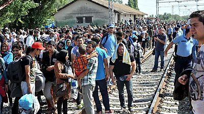 Cerca de 6.000 migrantes y refugiados han llegado en autobuses a la frontera entre Serbia y Croacia