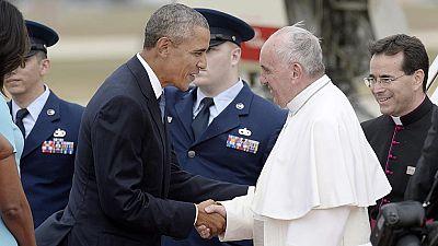 Barack Obama da la bienvenida al papa Francisco en su primera visita a Estados Unidos