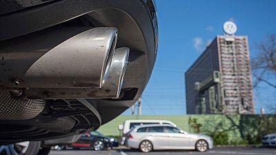 La CE urge a los socios comunitarios a modificar las pruebas para medir las emisiones de vehículos