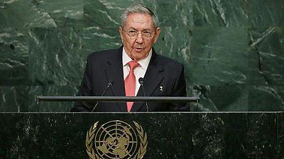 Raúl Castro pide el fin del embargo