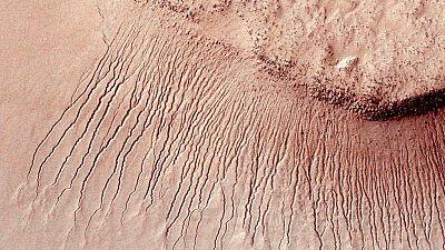 La NASA confirma el hallazgo de agua líquida en Marte