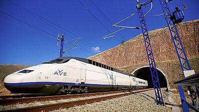 Se inaugura el AVE a Palencia y León tras una inversión de 1.620 millones de euros