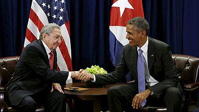 Castro pide a Obama que use su poder ejecutivo para suavizar el bloqueo