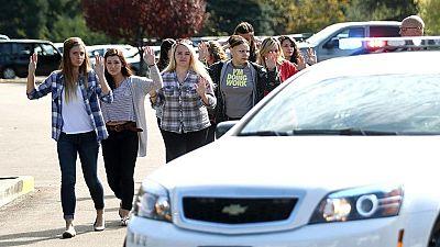 Diez muertos en un tiroteo en una universidad de Oregón, en Estados Unidos
