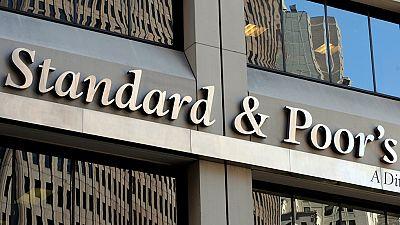 S&P eleva un escalón la nota de España hasta BBB+
