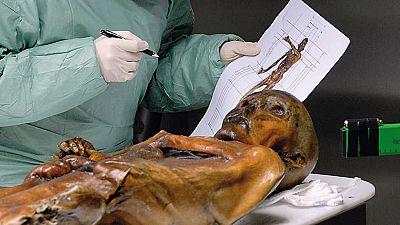 Documenta2 - La autopsia del hombre de los hielos - ver ahora