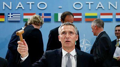 La OTAN asegura estar lista para defender a Turquía y critica las incursiones rusas en Siria