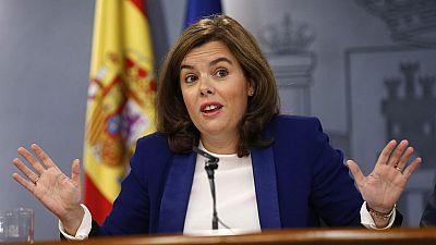 """Sáenz de Santamaría pide colaboración """"a todos"""" para esclarecer el corte en el AVE catalán"""