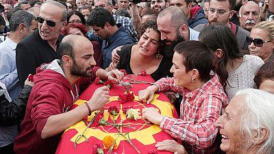 Turquía homenajea a las víctimas del atentado en una jornada de luto nacional