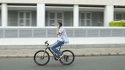 El Ayuntamiento de San Sebastián quiere acabar con los malos hábitos a la hora de circular en bicicleta