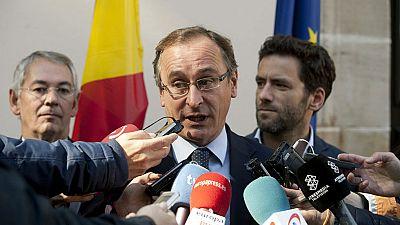 Alfonso Alonso sustituye a Arantza Quiroga al frente de la presidencia del PP vasco