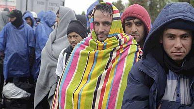 Llegan los primeros refugiados a la frontera eslovena